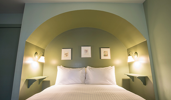 Little Inn Guest Rooms Bayfield Ontario Canada
